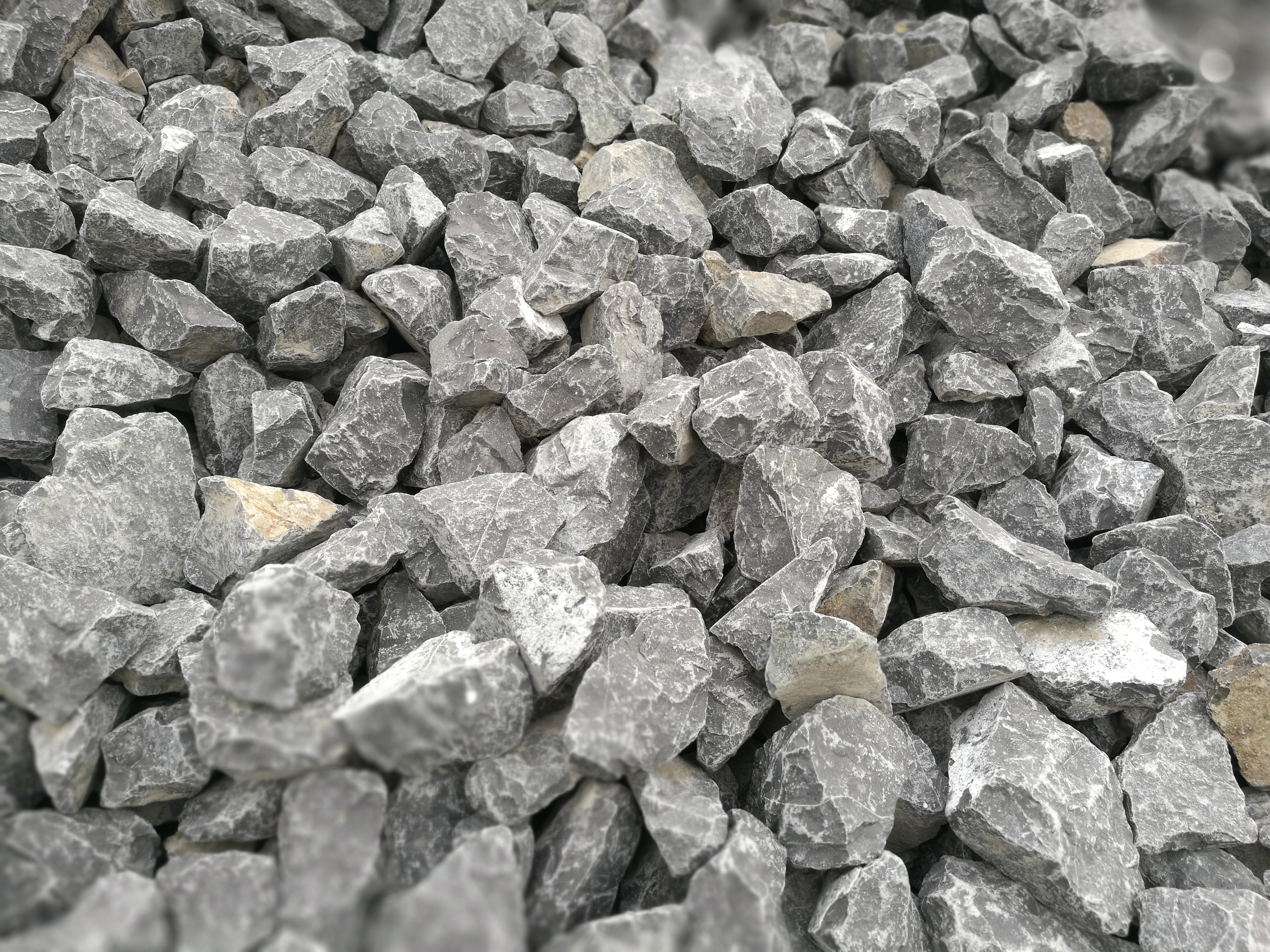 Comparison of main differences between electric arc furnace (submerged arc furnace) and slag furnace for producing rock mineral wool